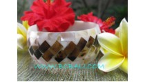 Elegant Shells Bangle Black White