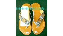 Bead Sandal Comb With Shell