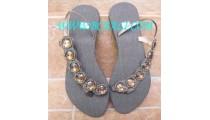 Elegant Sandal With Brown Jewel