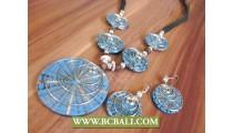 Turquoise Spider Motif Pendants Necklace
