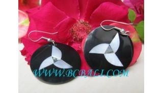 Unique Design Black Seashell Earring