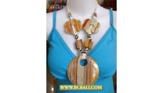 Bali Natural Wood Pendants Necklace Chain Flower