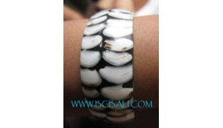 Shell With Resin Bracelets