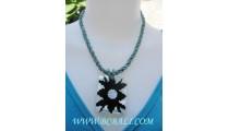 Shell Black Floral Pendant Choker