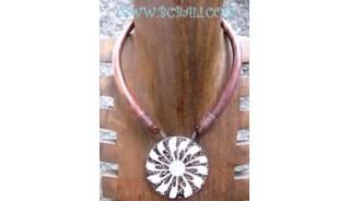 Woods Necklaces Shell Pendants
