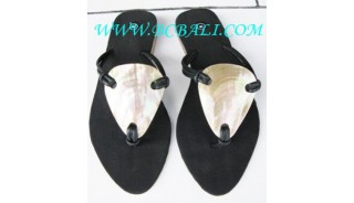 Sandal With Shell